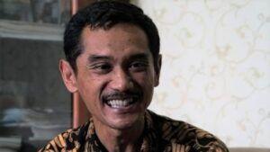 Plt Kabag Humas Pemkot Malang Nur Widianto saat menjelaskan makna logo HUT Kota Malang. (Foto: Humas Pemkot Malang/Tugu Jatim)