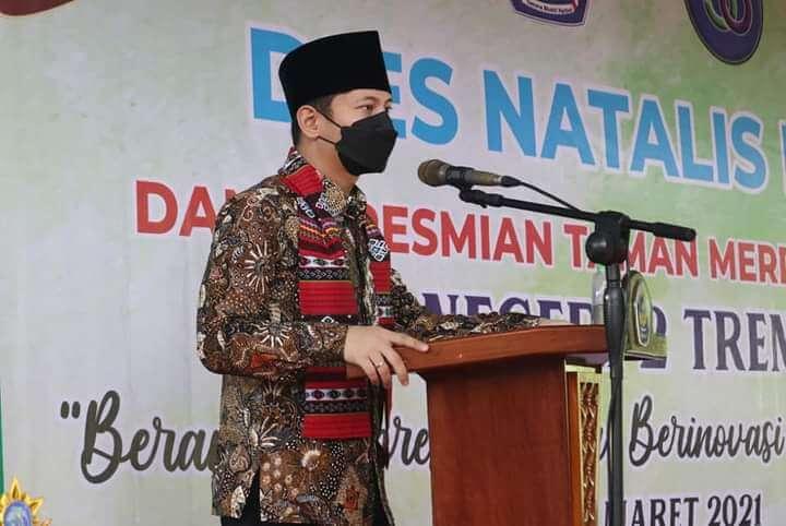 Bupati Trenggalek Mochamad Nur Arifin menghadiri Dies Natalis ke-36 Smada. (Foto: Zamzuri/Tugu Jatim)