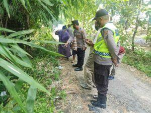 Lokasi penemuan bayi di Tuban. (Foto: Humas Polsek Rengel/Tugu Jatim)