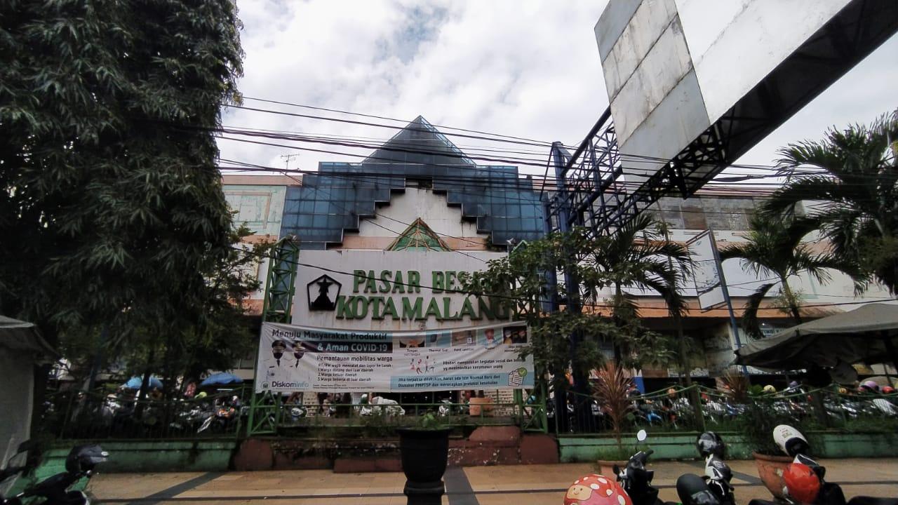 Pasar Besar Malang. (Foto: Azmy/Tugu Jatim)