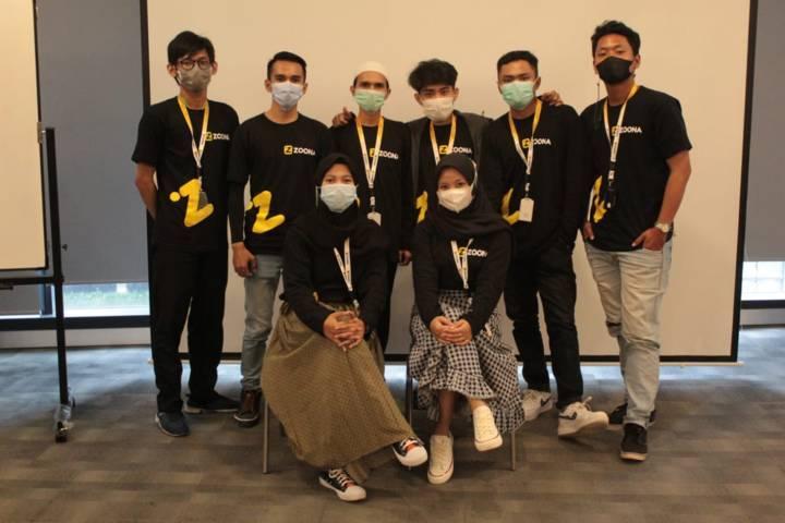 Tim pengembang aplikasi Zoona. (Foto: Dok Zoona/Tugu Jatim)