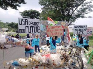River Warrior Indonesia ingin Amerika Serikat jalankan break free from plastic act!.(Foto: Rangga Aji/Tugu Jatim)