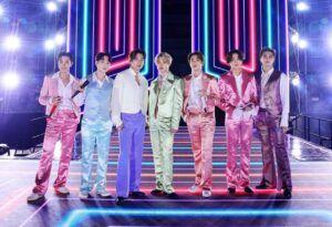 "BTS Dinobatkan Billboard sebagai ""The Greatest Pop Star of 2020"" Mewakili Asia"