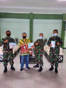 Dr Aqua Dwipayana dan Danrem 063/Sunan Gunung Jati Kolonel Inf Elkines Vilando Dewangga di Kodim Subang.(Foto:Dok/Tugu Jatim)