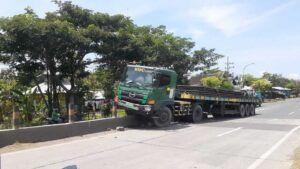 Kondisi truk yang mengalami kecelakaan. (Foto: Humas Polres Tuban/Tugu Jatim)