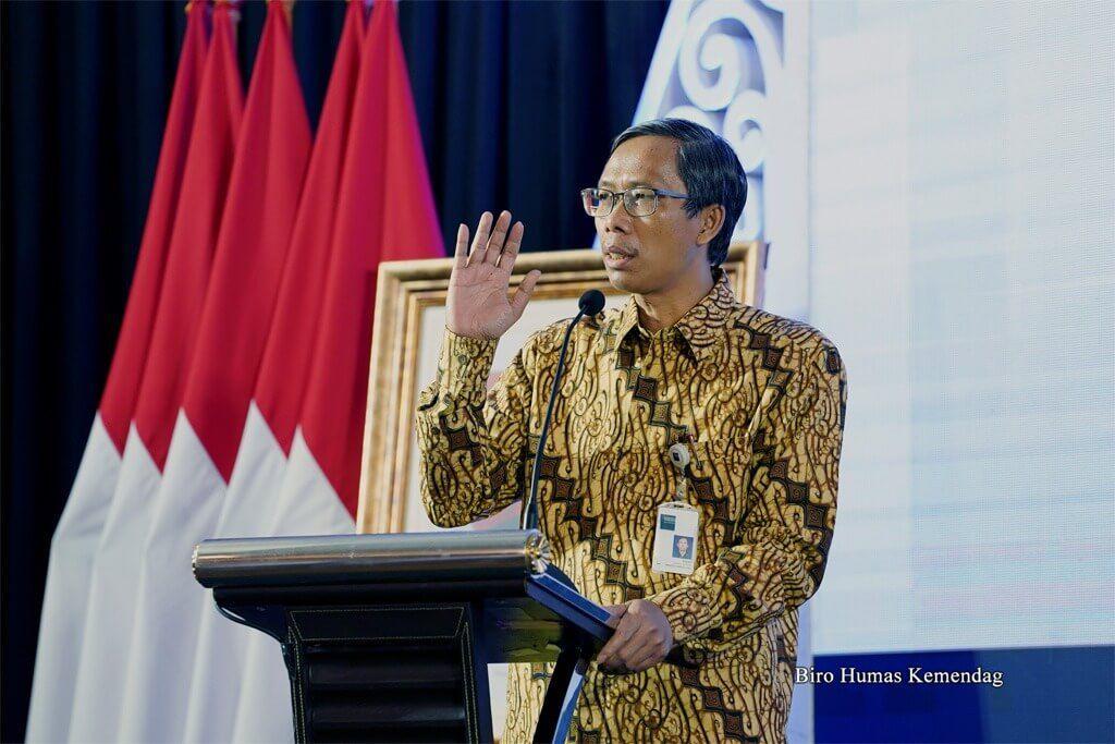 Direktur Jenderal Pengembangan Ekspor Nasional Kasan saat memberikan arahan pada Pra Rapat Kerja (Raker) Kemendag 2021 di Kantor Kementerian Perdagangan, Jakarta, Rabu (03/03/2021). (Foto: Dok Humas Kemendag/Tugu Jatim)