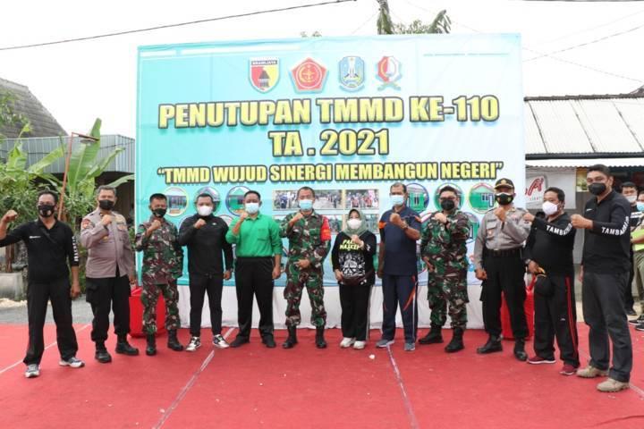 Acara penutupan TNI Manunggal Membangun Desa (TMMD) di Bojonegoro, Rabu (31/03/2021). (Foto:Dok Pemkab Bojonegoro/Tugu Jatim)
