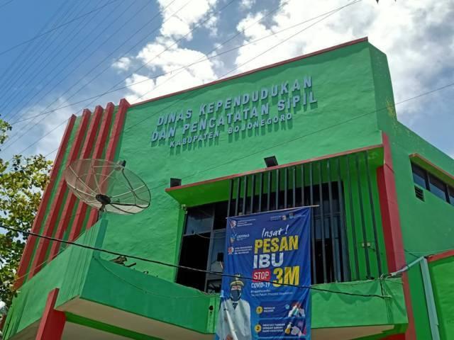 Kantor Disdukcapil Bojonegoro. (Foto: Mila Arinda/Tugu Jatim)