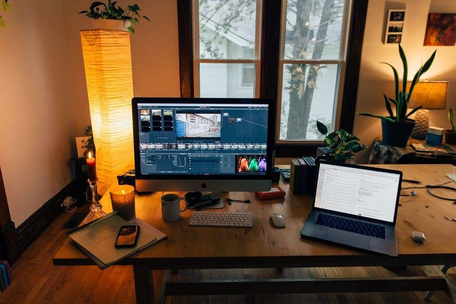 Ilustrasi program dan aplikasi video editing profesional. (Foto: Pexels) rekomendasi aplikasi video editing untuk smartphone android iphone tugu jatim
