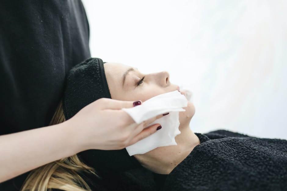 Ilustrasi perawatan dan cara mengatasi kulit kering. (Foto: Pexels)