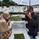 Dialog Imajiner dengan Tokoh Pendidikan Prof Dr Moch Koesnoe di Makam Pahlawan Surabaya