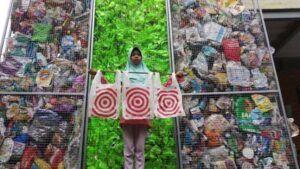 River Warrior Desak Amerika Serikat Hentikan Ekspor Sampah ke Indonesia