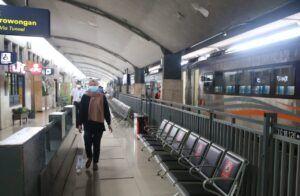 Suasana Stasiun Malang. (Foto: AZM/Tugu Malang/Tugu Jatim)