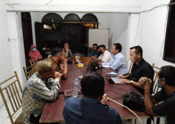 LPSK tempuh langkah proaktif dalam melindungi jurnalis majalah Tempo yang jadi korban kekerasan dan penganiayaan. (Foto: AJI Surabaya)