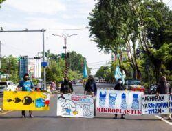 """Menyikapi Polisi yang Buang Botol Plastik di Papua, River Warrior Kirim """"Surat Tilang"""" Lingkungan ke Kapolri"""
