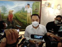 Wali Kota Surabaya Eri Cahyadi: Melukis Bung Karno dan Marhaen Itu Diperlukan Ketulusan
