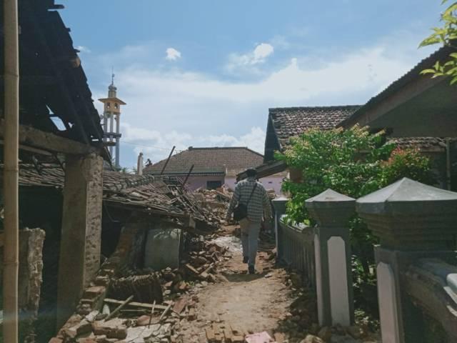 Rumah warga Kabupaten Malang rusak parah. (Foto: Rap/Tugu Jatim)