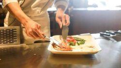 Ilustrasi mencicipi makanan. (Foto: Pixabay/Tugu Jatim)
