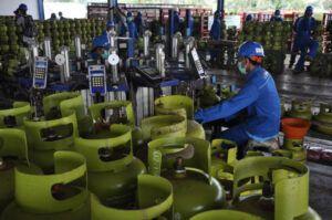 Pendistribusian LPG lancar. (Foto: Humas Pertamina Mor V wilayah Jatimbalinusa/Tugu Jatim)