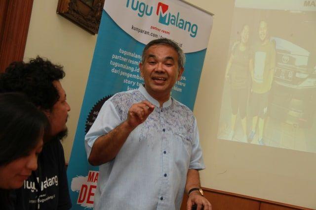 Motivator Nasional Dr Aqua Dwipayana dalam sebuah acara bersama media tugumalang.id. Acara digelar sebelum pandemi. (Foto: Bayu Eka Novanta/Tugu Malang/Tugu Jatim)