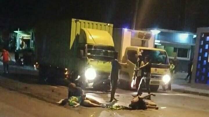 Kecelakaan yang terjadi pada dua perempuan di Tuban. (Foto: Humas Polres Tuban/Tugu Jatim)