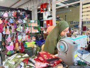 Dipesan Khofifah, Pengusaha Rental Mobil di Kota Batu Jadi Pengusaha Masker Beromzet Rp 150 Juta