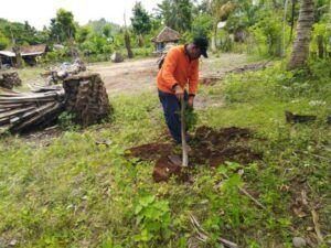 Penggalakkan sawit diprotes, warga karena merusak lingkungan. (Foto: Rap/Tugu Jatim)