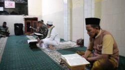 Kegiatan Khotmil Qur'an dan doa bersama yang digelar oleh Kodim 0819/Pasuruan, Rabu (28/4/2021) malam. (Foto: Kodim Pasuruan)