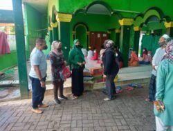 Persit Kartika Chandra Kirana Cab. XXXIII Kodim 0819 Pasuruan melaksanakan kegiatan santunan ke Yayasan Yatim Piatu Al Muttaqin di Pasuruan. (Foto: Kodim Pasuruan)