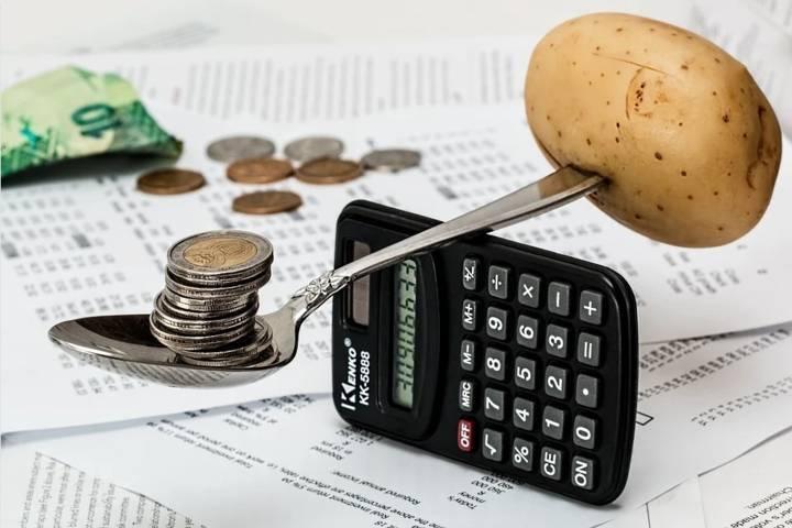 Ilustrasi mengatur keuangan jelang Lebaran Hari Raya Idul Fitri. (Foto: Pixabay)