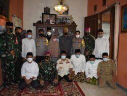 Dandim 0819/Pasuruan bersama Forkopimda Takziah ke Keluarga Korban KRI Nanggala-402