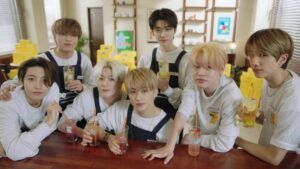 Jelang Comeback, NCT DREAM Rilis Konten ala Pegawai Kafe
