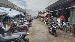 Pasar Besar Kota Batu yang rencananya bakal direvitalisasi dengan memakan anggaran hingga Rp 200 miliar. (Foto: M Sholeh/Tugu Malang/Tugu Jatim)