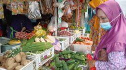 Aktivitas perdagangan komoditi di Pasar Besar Kota Batu. (Foto: M Sholeh/Tugu Malang/Tugu Jatim)