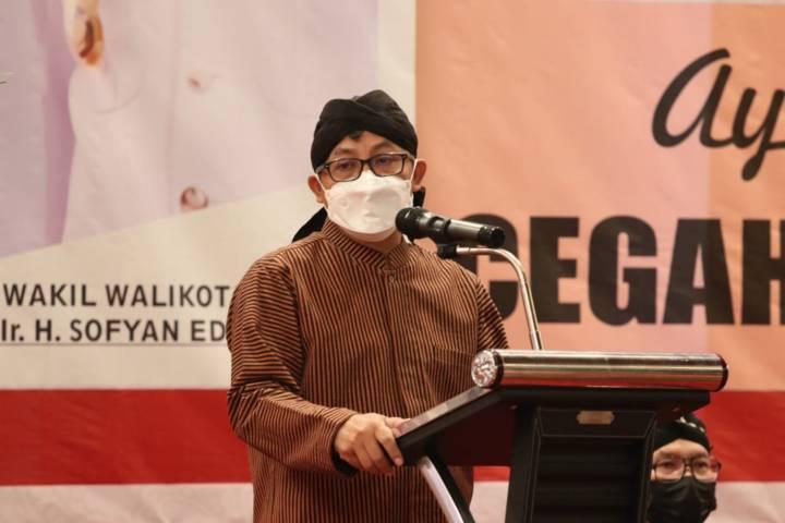 Wali Kota Malang Sutiaji saat memaparkan presentasi di acara Rembuk Stunting, Kamis (29/4/2021). (Foto: Humas Pemkot Malang)