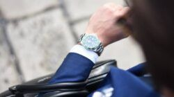 Dibutuhkan manajemen waktu yang baik jika seseorang ingin menuntaskan pekerjaan secara efekti. (Foto: Unplash) cara mengatur waktu