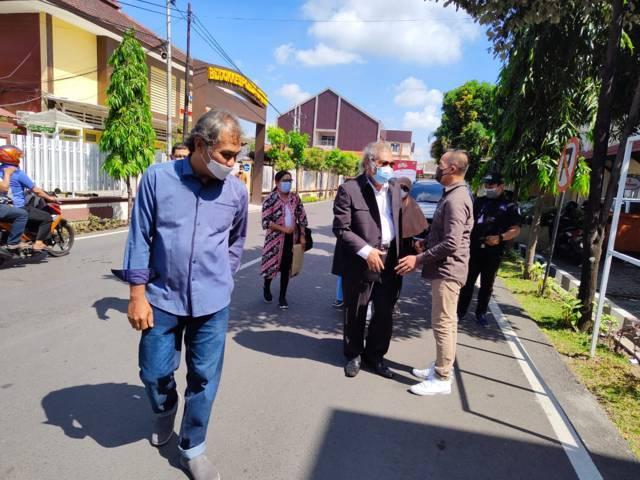 Arist Merdeka Sirait akan mengusut kasus kekerasan seksual di Kota Batu. (Foto: Istimewa/Tugu Jatim)