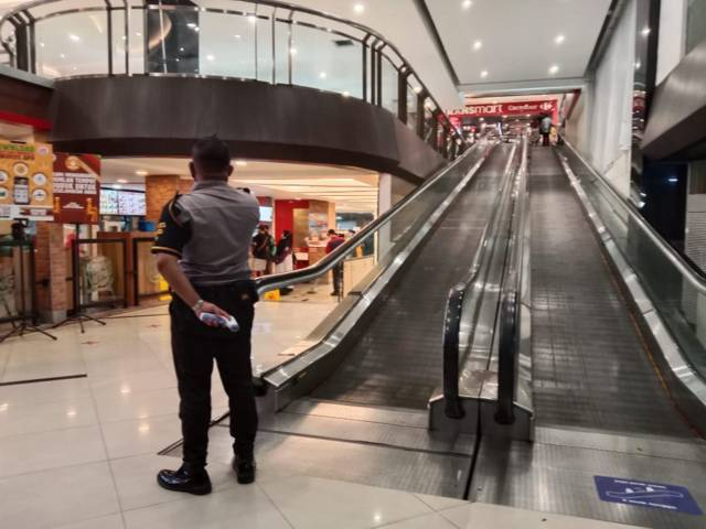 Suasana Kediri Mall saat terjadi gempa. (Foto: Rino/Tugu Jatim)