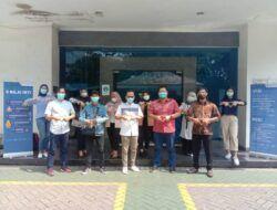 Jalin Silaturahmi dan Relasi, Tugu Media Group Kunjungi Pabrik Distribusi Wardah di Surabaya
