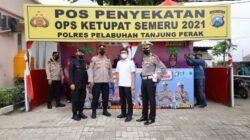 Pos penyekatan Polres Tanjung Perak di Jembatan Suramadu, Sabtu (08/05/2021).(Foto: Rangga Aji/Tugu Jatim)