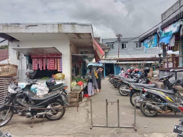 Pasar Besar Kota Batu yang hendak direvitalisasi. (Foto: Sholeh/Tugu Jatim)
