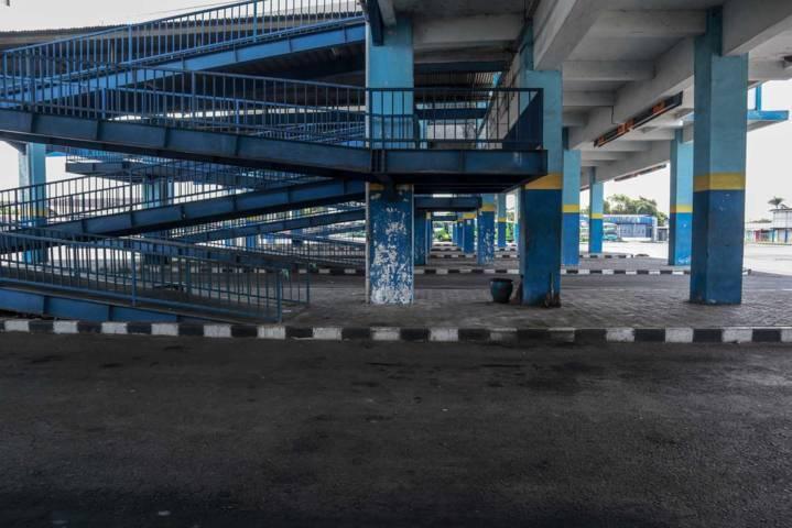 Suasana di Terminal Arjosari Malang yang begitu minim penumpang. (Foto: Bayu Eka/Tugu Malang/Tugu Jatim)
