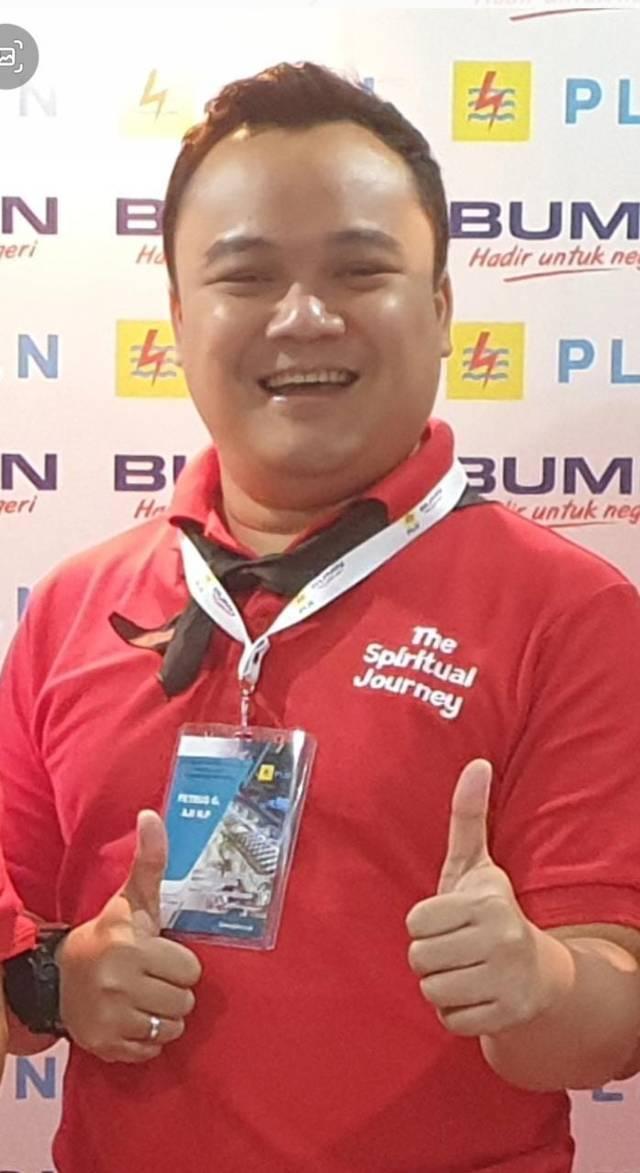 Petrus Gading, Manajer Unit Pelaksana Pelayanan Pelanggan (UP3) PLN Rantauprapat, Sumatera Utara. (Foto: Dok/Tugu Jatim)