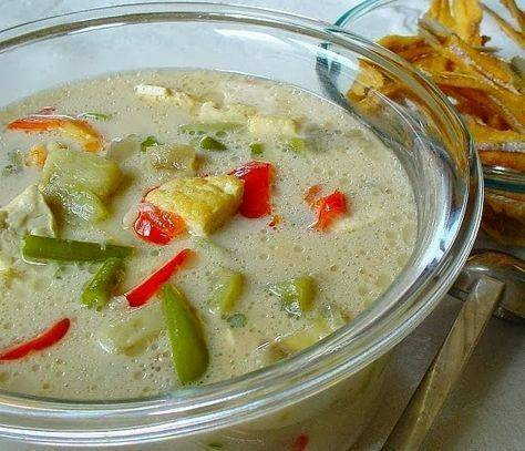 Kuliner sayur lodeh khas Jawa Timur. (Foto: Pinterest/Tugu Jatim)