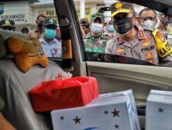 Kapolda dan Forkopimda Jatim Mengecek Posko Checkpoint Larangan Mudik di Tol Ngawi