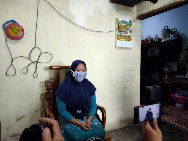 Mawar, guru TK di Malang, yang terjerat aplikasi pinjaman online. (Foto: Rap/Tugu Jatim)