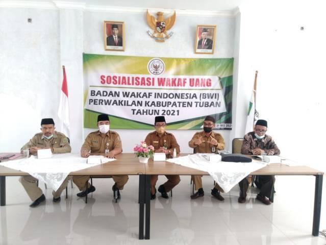 Kepala Kemenag Tuban, Sahid saat memberikan sambutan pada acara sosialisasi wakaf uang dari Badan Wakaf Indonesia (BWI) di Kabupaten Tuban, Senin (31/5/2021). (Foto: Kemenag Tuban)