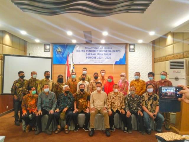 Pelantikan pengurus IKAPI Jatim periode 2021-2026 yang digelar di Hotel Inna Tunjungan Surabaya, Sabtu (22/05/2021).(Foto: Reni Novitasari/Tugu Jatim)