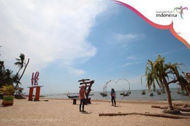 Pantai Panyuran. (Foto: Disparbudpora Tuban/Tugu Jatim)