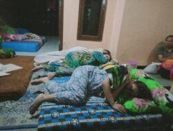 Trauma Belum Hilang, Warga Dampit Terpaksa Tidur di Teras Lagi karena Gempa Malang Jilid 2